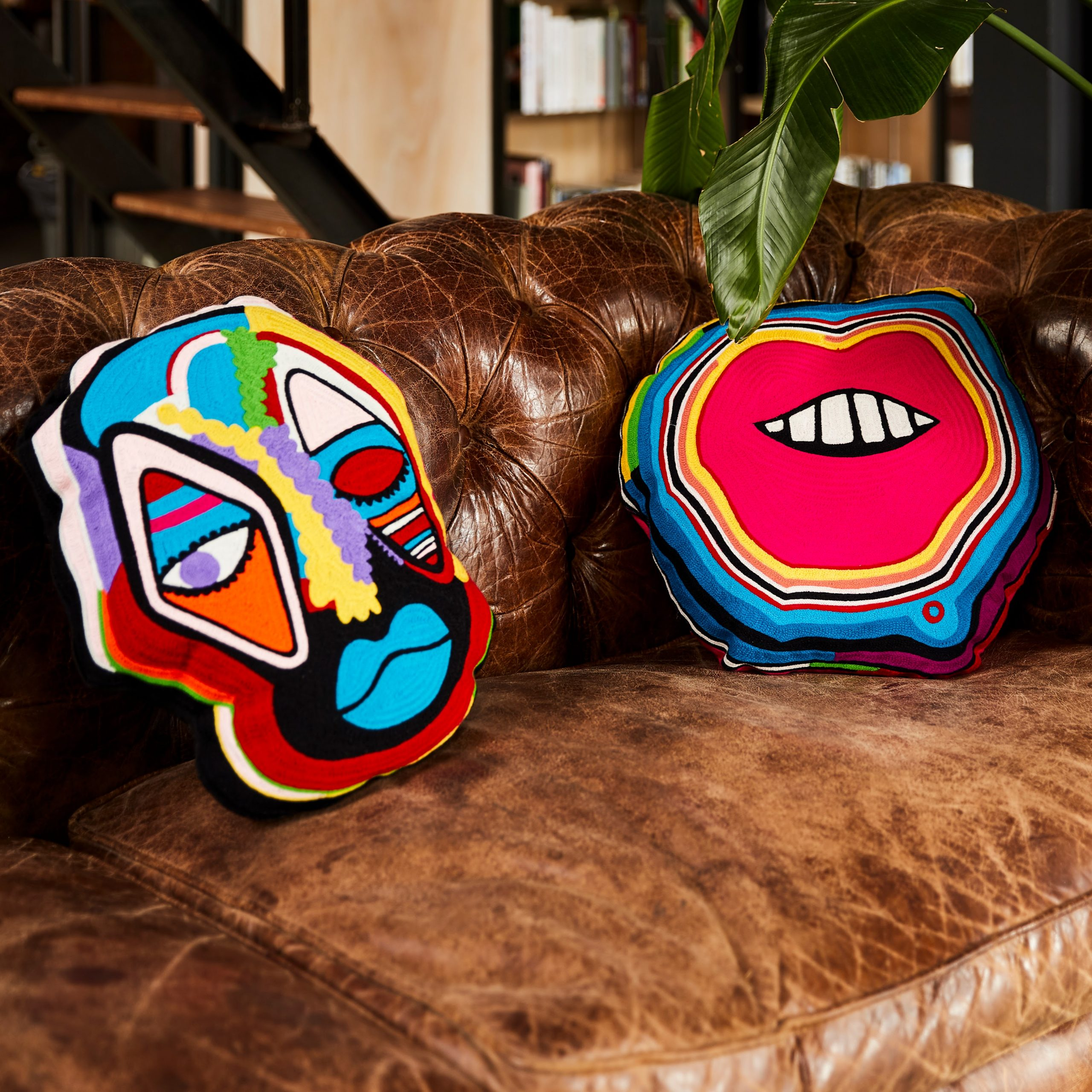 Kitsch Kitchen - Sfeer Kussens Lips en Mask